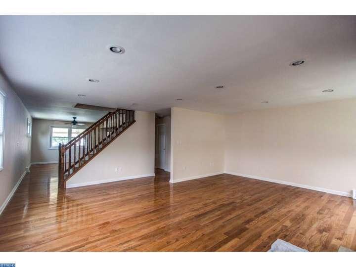 1526 Arline Ave, Abington PA 19001