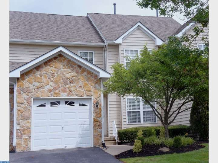 13 Hogan Way, Moorestown, NJ