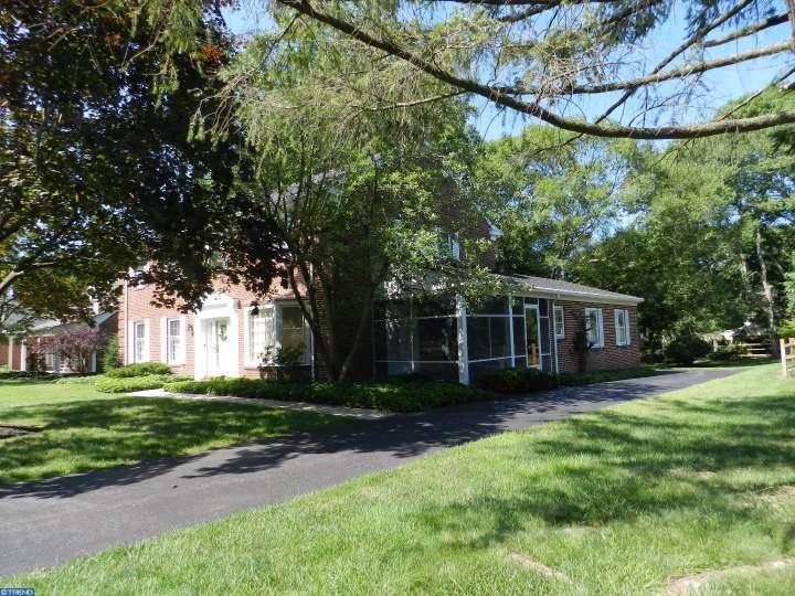 405 Foulkstone Rd, Wilmington, DE