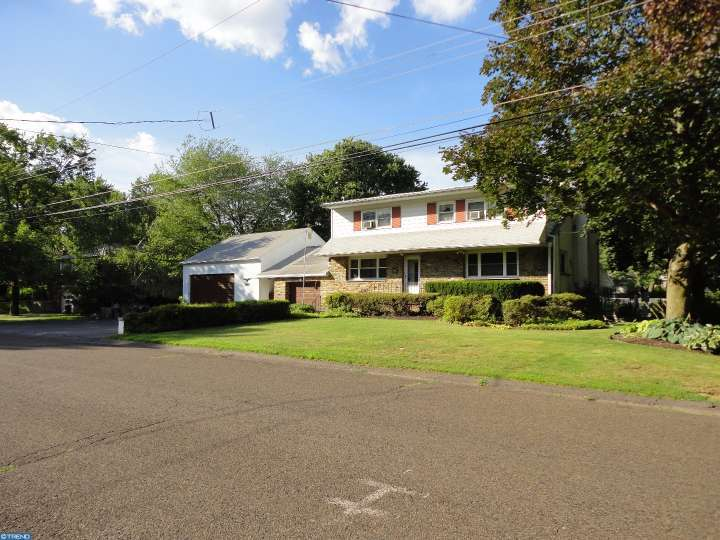 367 Maple St, Warminster, PA