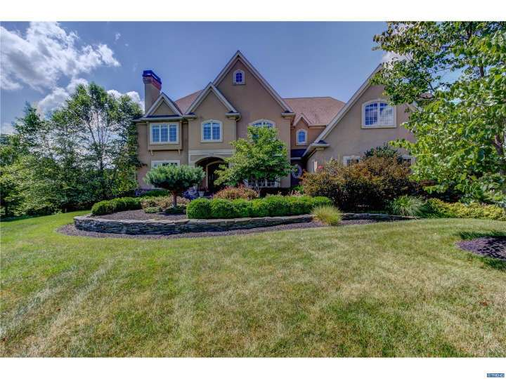 405 Woodale Dr, Kennett Square, PA