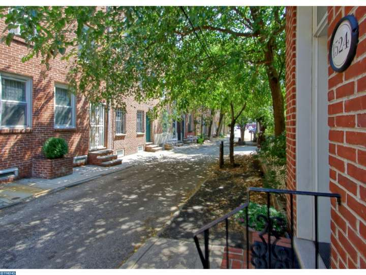 1524 Rodman St, Philadelphia, PA