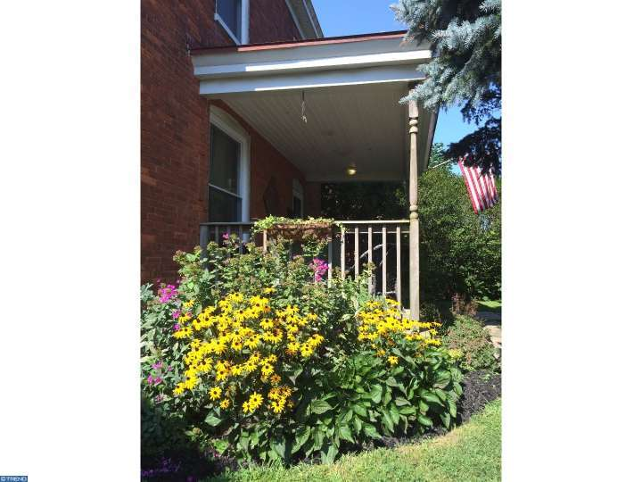 132 W Summit Ave, West Grove, PA