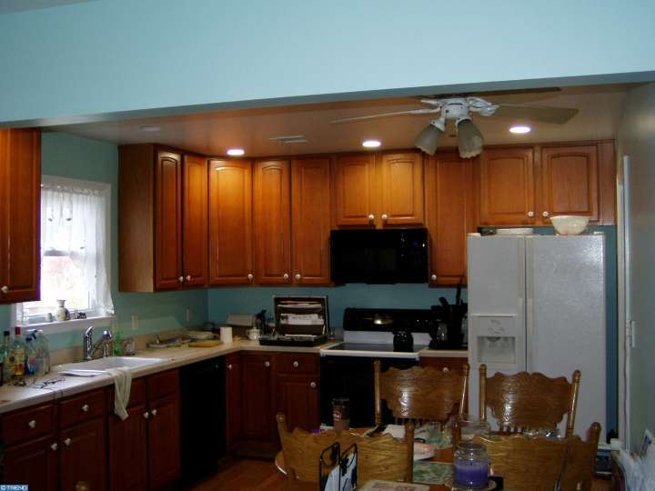 1461 Foster Rd, Warminster, PA