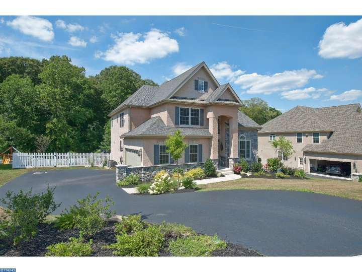 131 N Hillcrest Rd, Springfield, PA