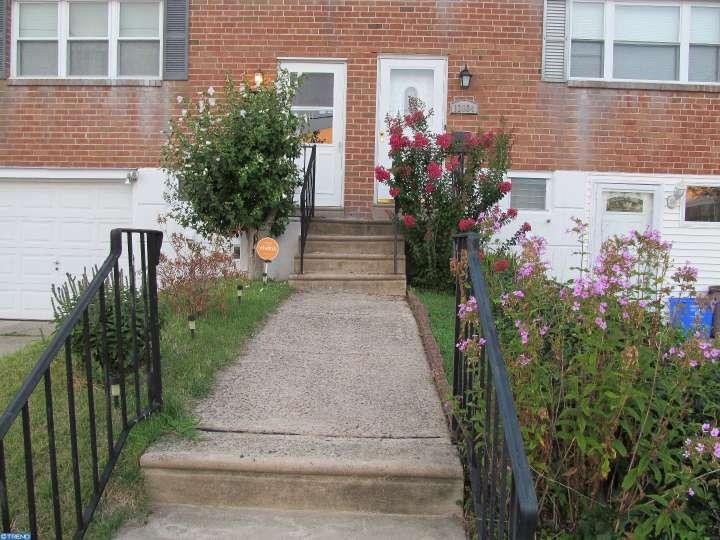 12032 Alberta Dr, Philadelphia, PA