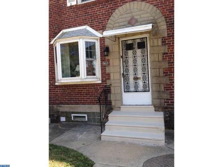 5815 Sylvester St, Philadelphia, PA