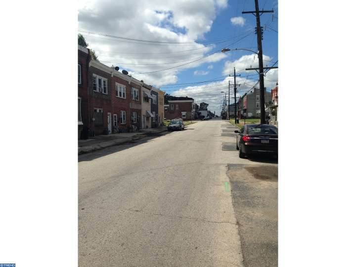 2305 W 3rd St, Chester, PA