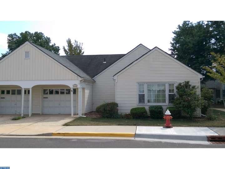 453 New Haven Way #APT b, Monroe Township, NJ