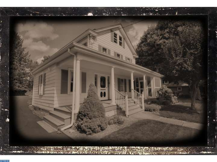 443 Ellisdale Rd, Chesterfield, NJ