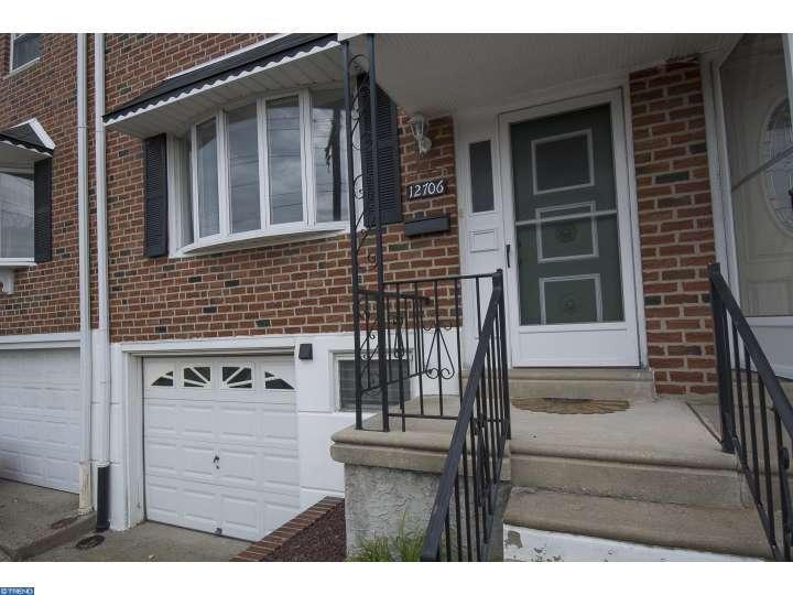 12706 Medford Rd, Philadelphia, PA