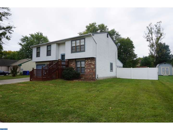 79 Dover Rd, Mount Holly, NJ
