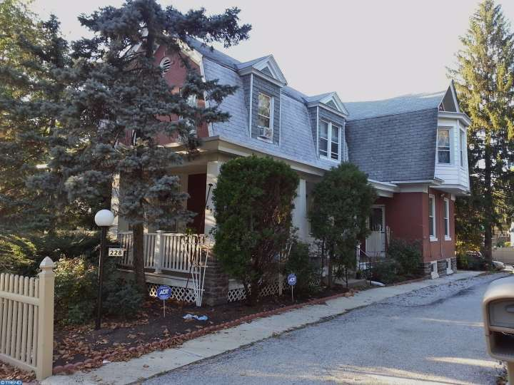 228 S State Rd, Upper Darby, PA