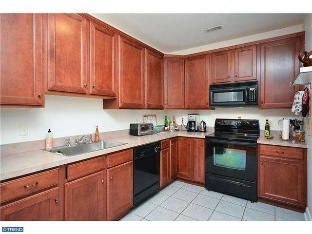 1324 W Chester Pike #APT 112, West Chester PA 19382