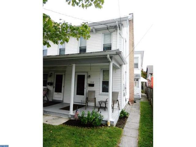 132 W Penn Ave, Robesonia, PA