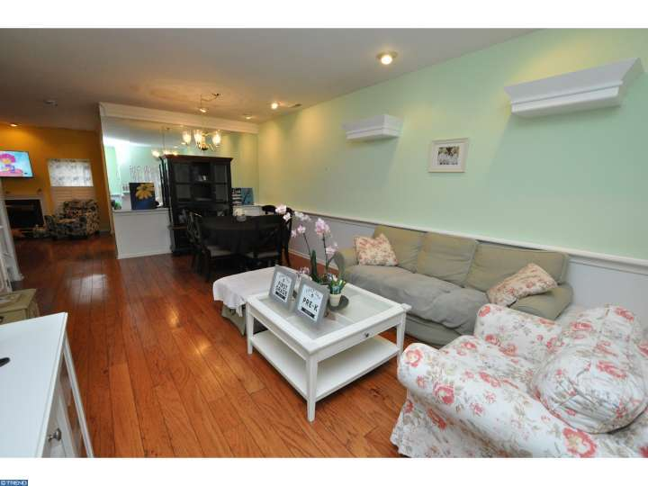 9104 Normandy Dr, Mount Laurel, NJ