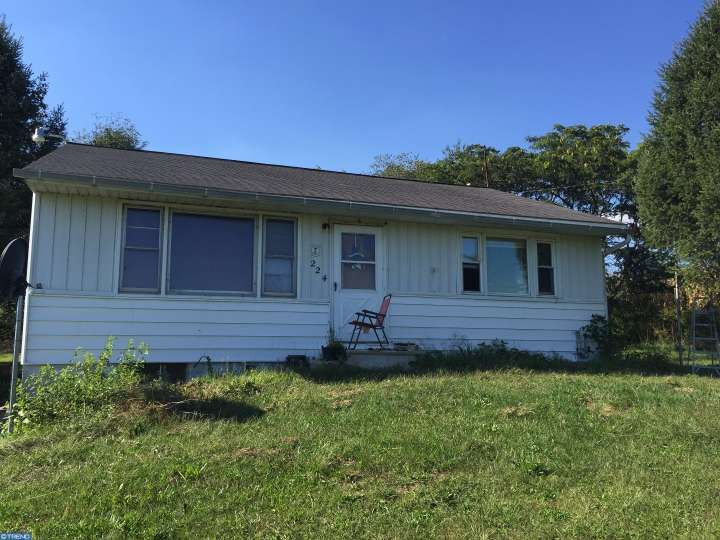 224 Dry Hollow Rd, Bernville, PA