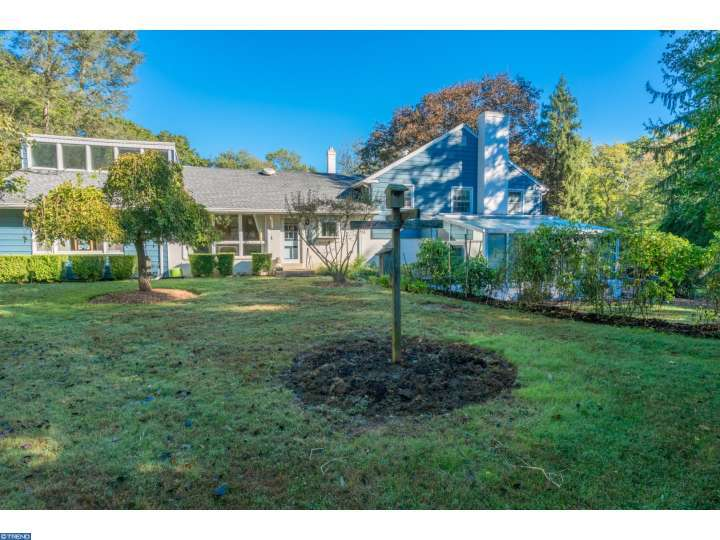 27 Woodland Dr, Chadds Ford, PA