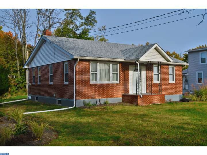 696 N Valley Forge Rd, Lansdale, PA
