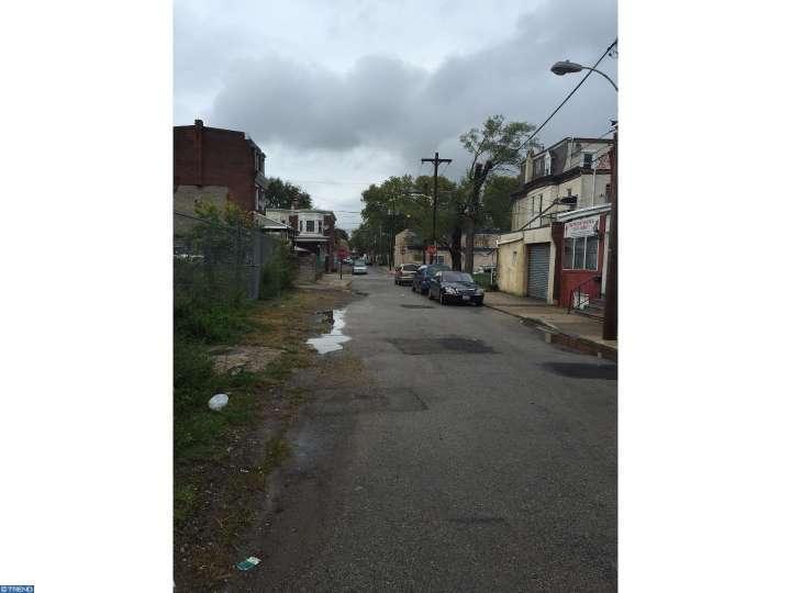 6818 Yocum St, Philadelphia, PA