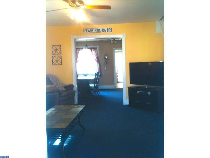 6787 Perry Ave, Upper Darby, PA