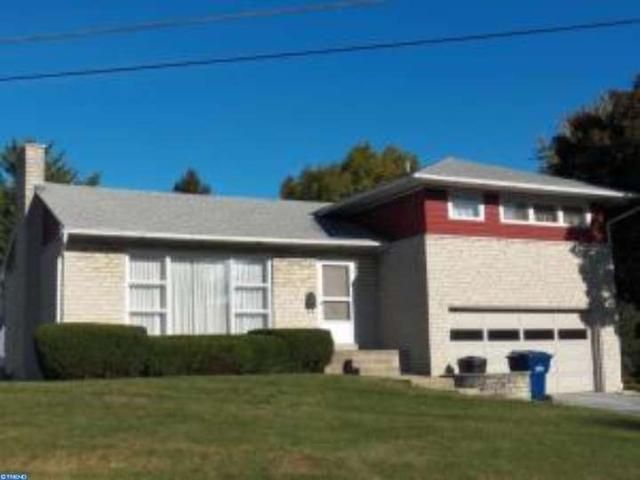 201 W Maple Ave, Myerstown PA 17067