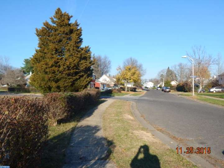 35 Marchmont Ln, Willingboro, NJ