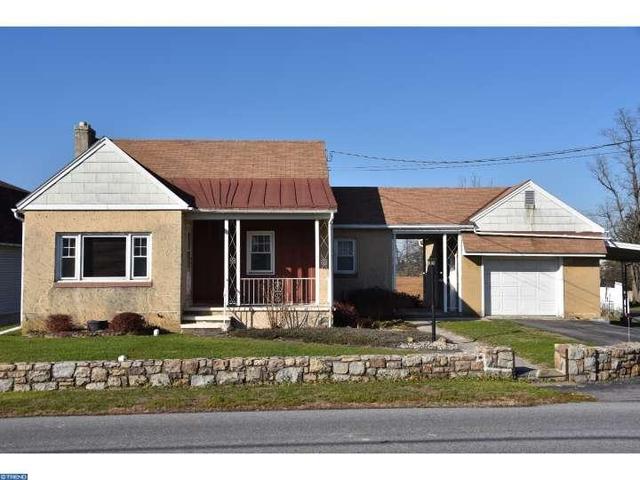337 S View Rd, Fleetwood PA 19522