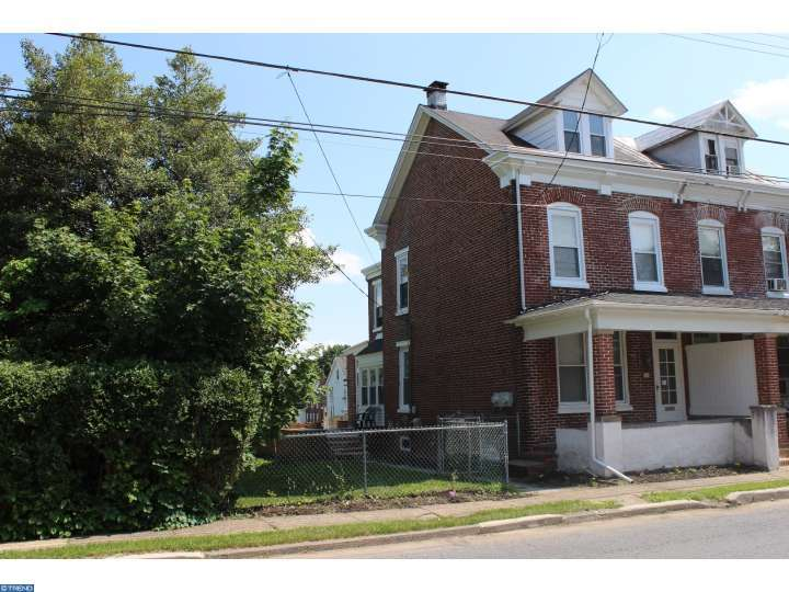 12 E Vine St, Pottstown, PA