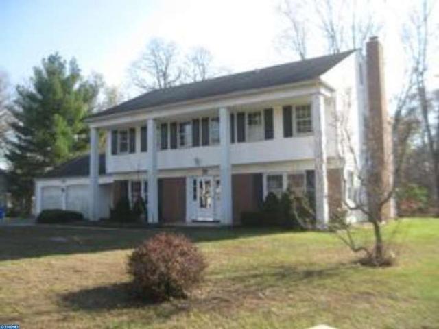 70 Winterberry Ln, Willingboro, NJ