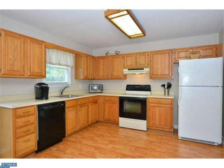 447 Franklin Ct, Collegeville PA 19426