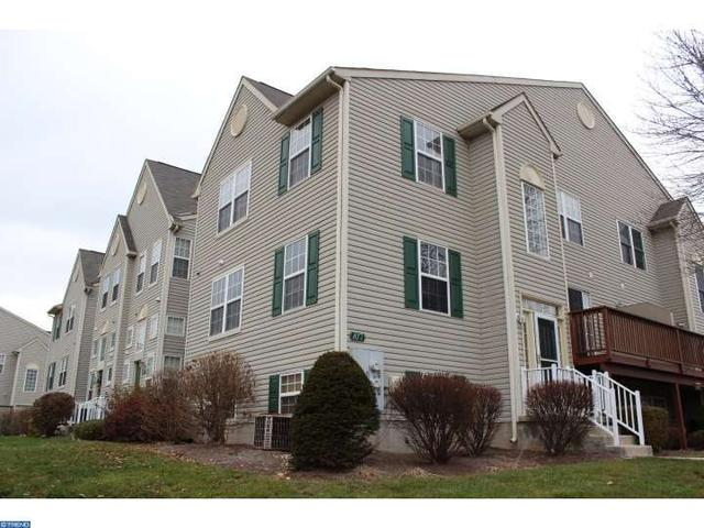 817 Dewees Pl, Collegeville PA 19426