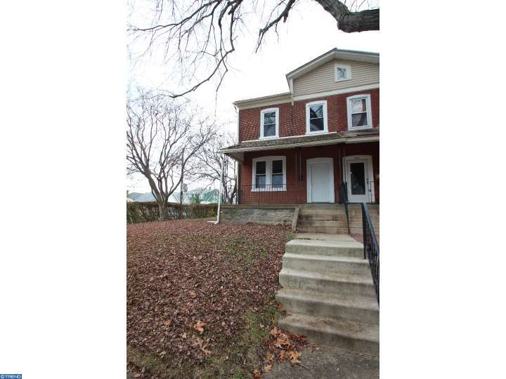 202 N Diamond St, Clifton Heights, PA
