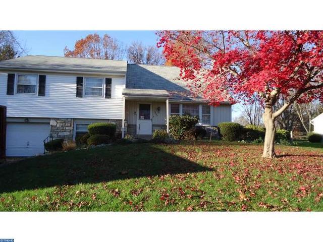 1244 Hoffman Rd, Ambler PA 19002