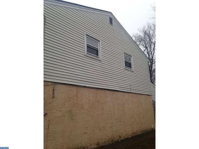 2009 S Winthrop Ave, Clementon NJ 08021