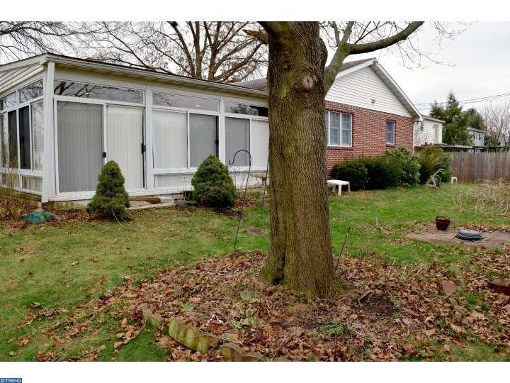 310 Laurelwood Dr, Douglassville, PA