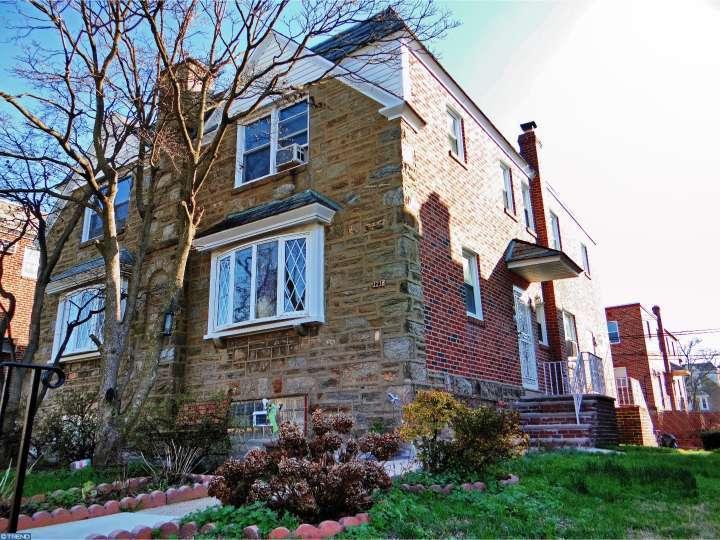 1216 E Cardeza St, Philadelphia, PA