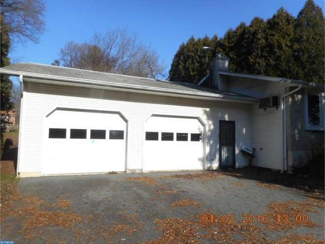 106 Valley Ave, Oxford PA 19363