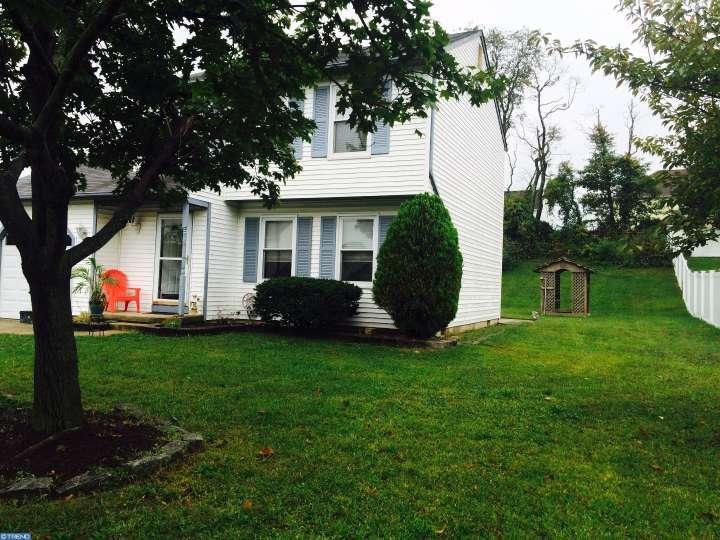 52 Randolph Ln, Sicklerville, NJ