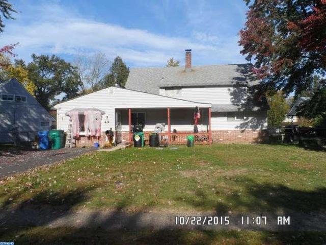49 Roundwood Ln, Levittown, PA