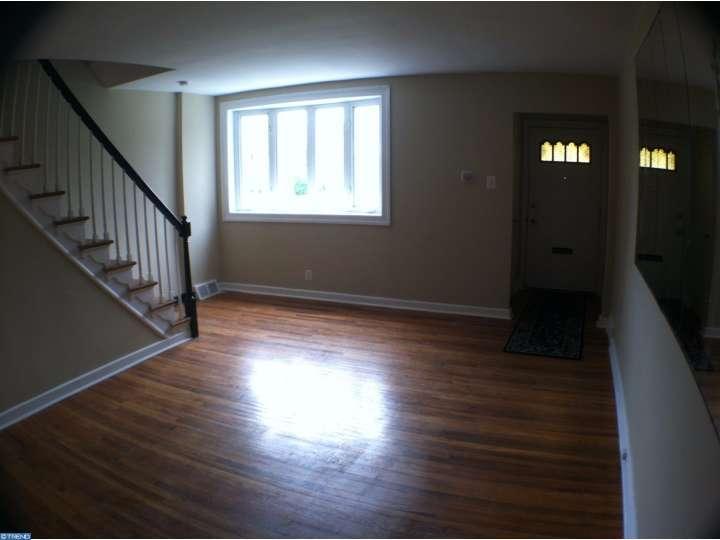 8643 Bayard St, Philadelphia, PA