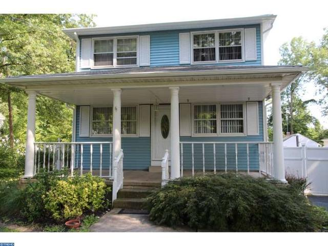 381 W Ferry Rd, Morrisville PA 19067