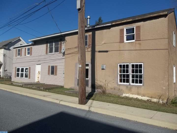 411 James St, Honey Brook, PA