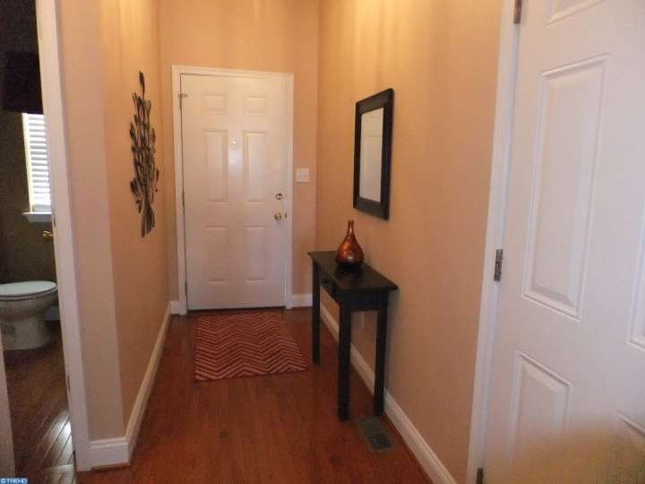 42 Prince Dr, Norristown, PA