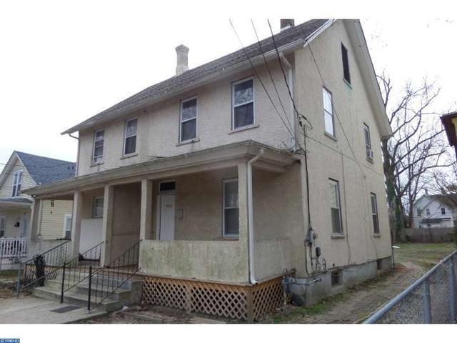 725 E Peach St, Vineland NJ 08360
