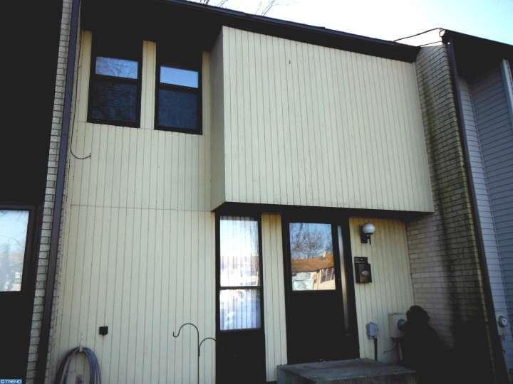 530 Fairfield Rd, Hightstown, NJ