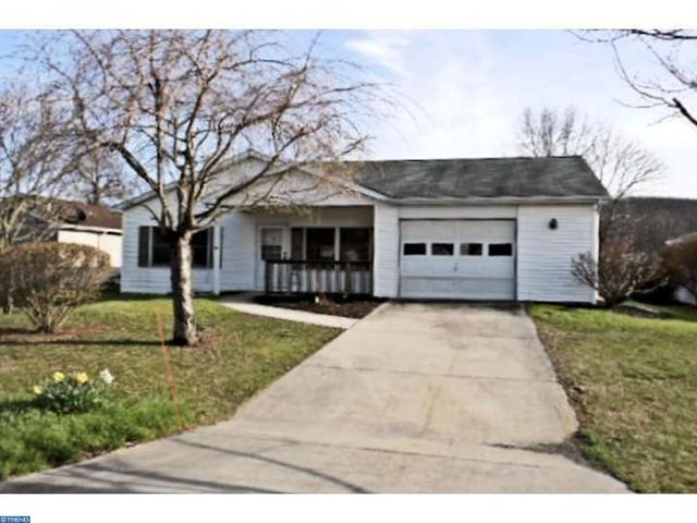 804 Canal Dr, Pine Grove, PA