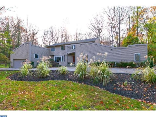 30 Manning Ln, Cherry Hill, NJ 08003
