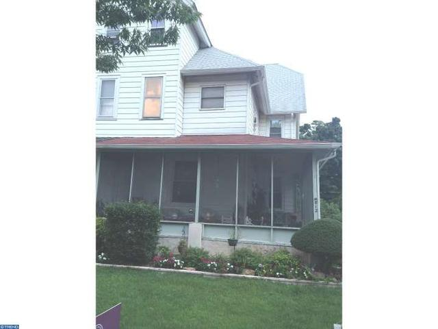 812 Morgan Ave, Palmyra, NJ 08065