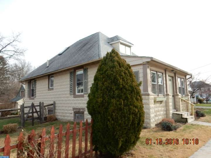 1003 W James St, Norristown, PA